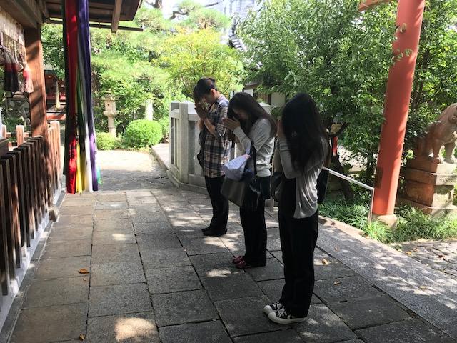 神社参り 奈良店